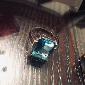 Blue Stone Ring Beautiful size 7.5